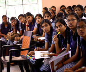 Andhra government to implement English medium in state schools from next year