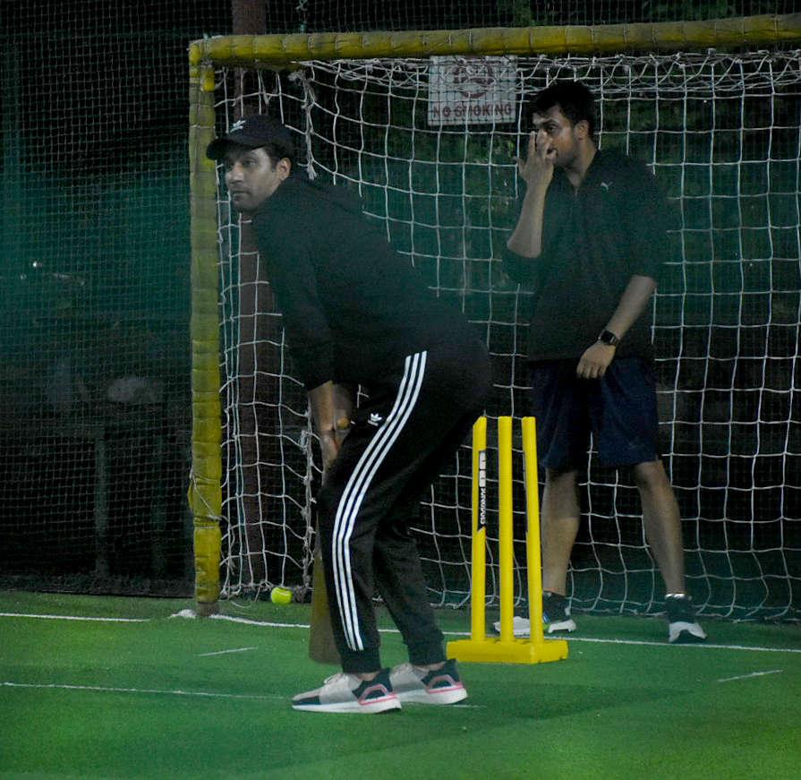 Celebs cricket (7)