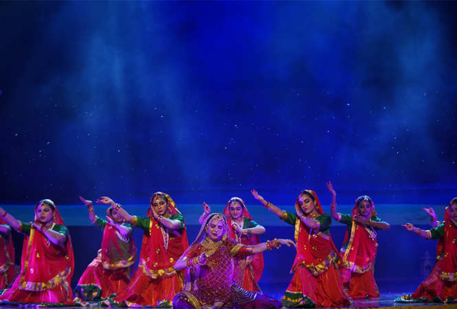 Artist-Performing-at-Meera-The-Musical-1