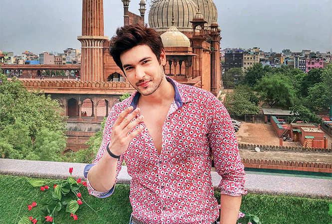 Shivin---Delhi-backdrop