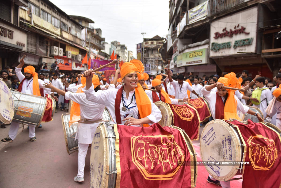Dhol, taasha and a fitting farewell for Ganpati Bappa