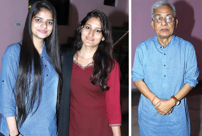 (L) Sadiya Khan and Akanksha Gupta (R) Urmil Kumar Thapliyal (BCCL/ Aditya Yadav)