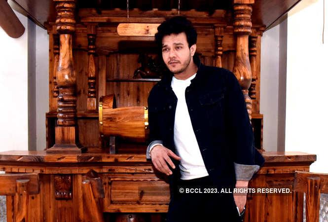 Aniruddh Dave in Jaipur 1