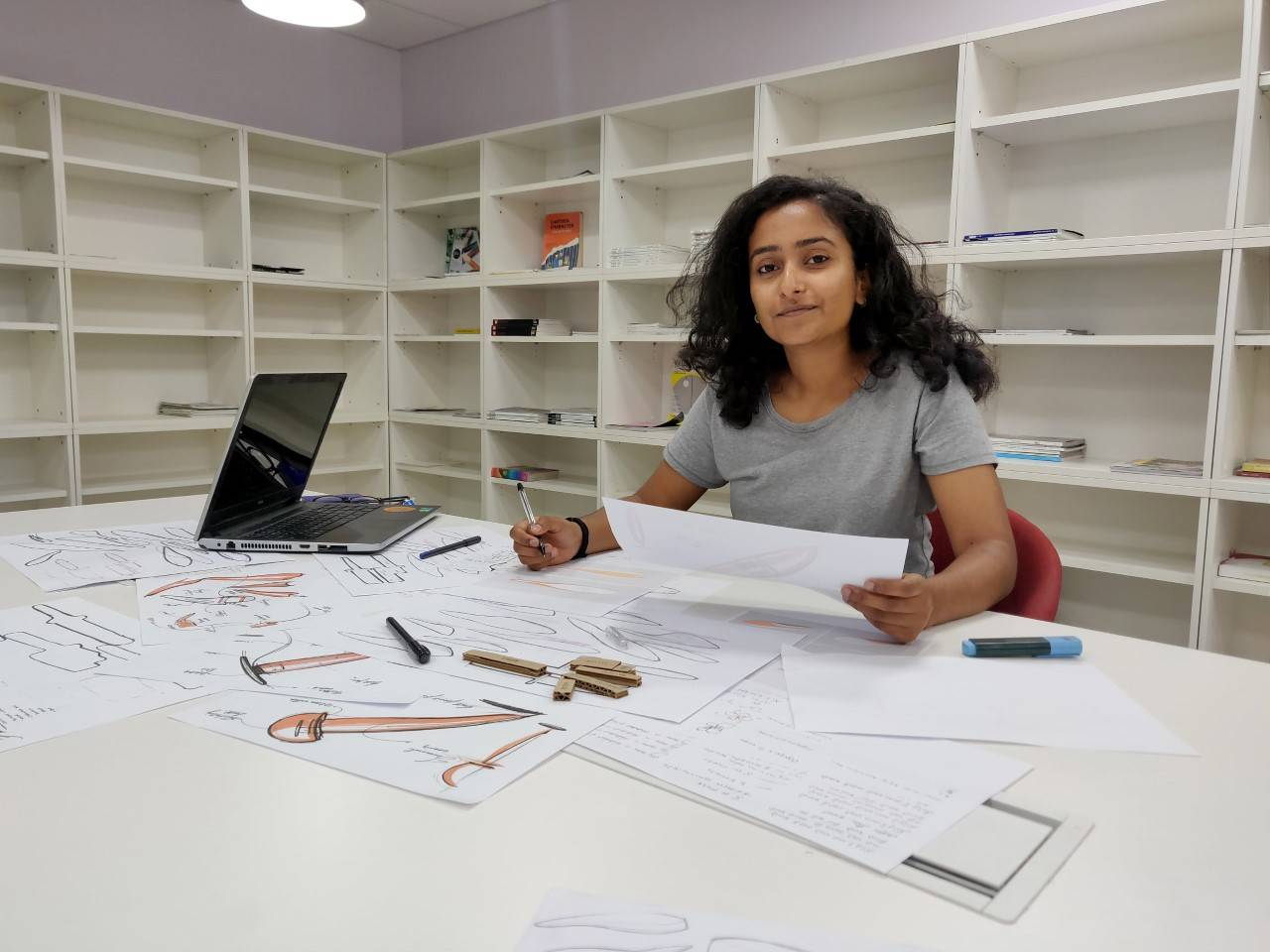 Here's a pen for Parkinson's disease patient designed by NID student that also won £2,000 James Dyson India Award
