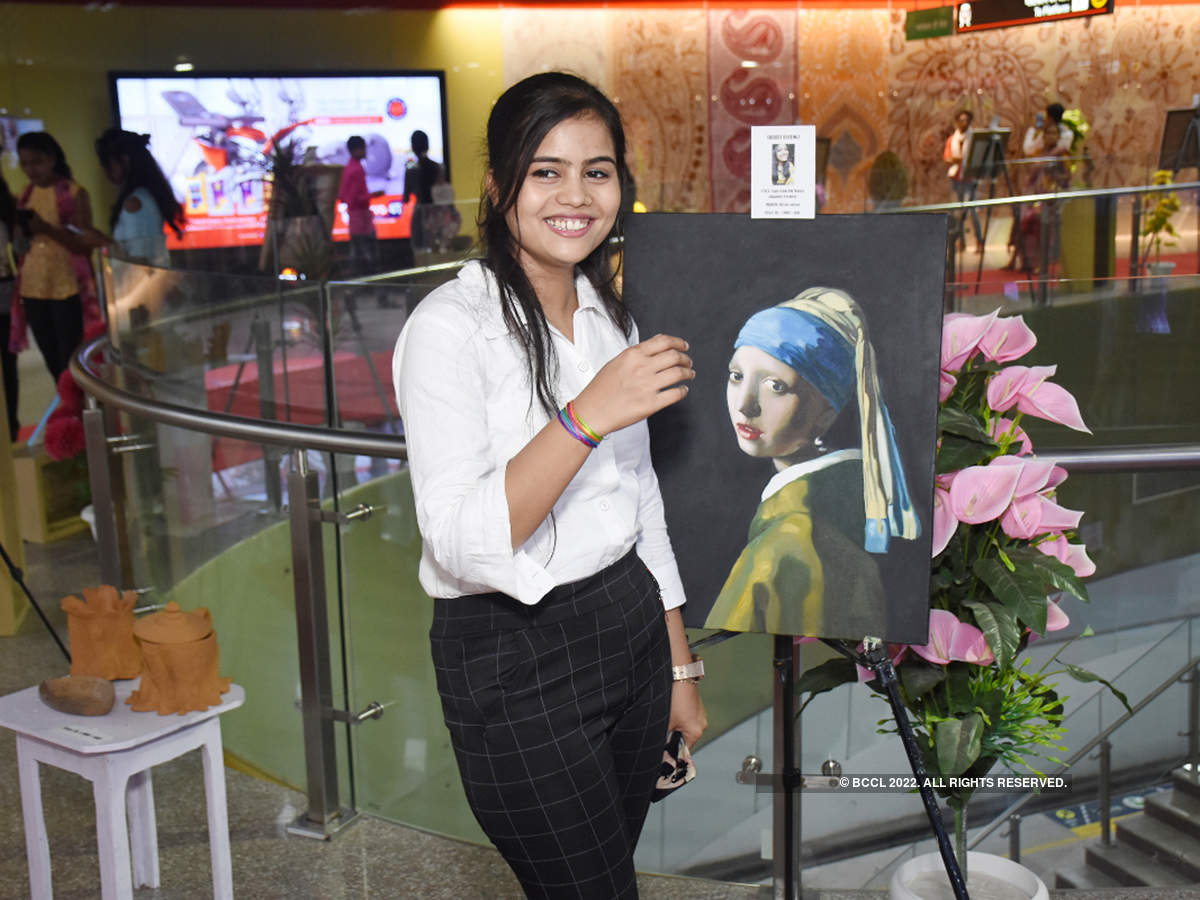 When Lucknow Metro Station turned into an art gallery