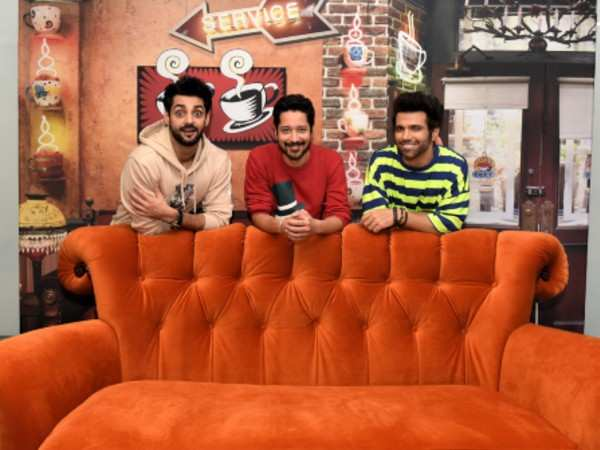 Karan- Rithvik and Rajat on friend's couch