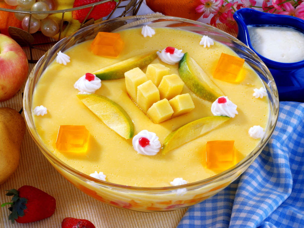 Make your own custard fruit salad at home