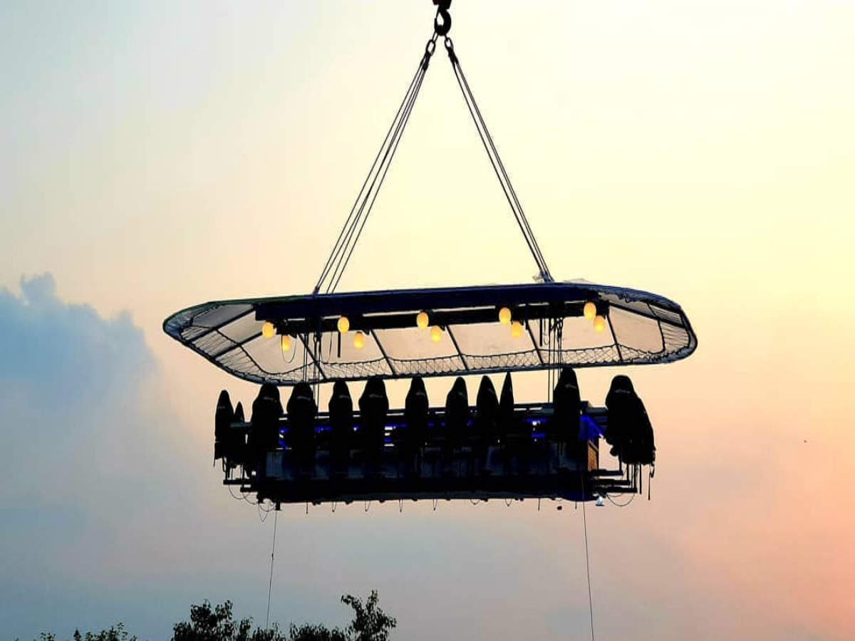 This Noida Restaurant Offers A Unique Dining Experience 50 Metres Above The Ground The Times Of India