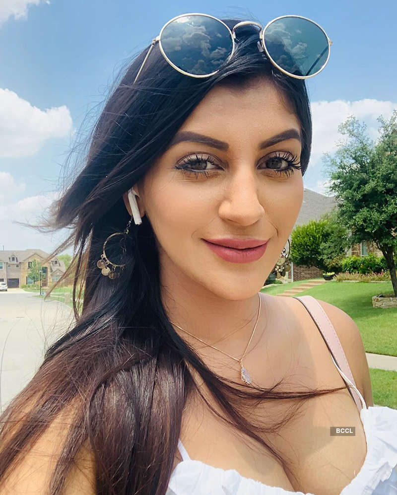 Yashika Aannand spells her charm with her captivating looks