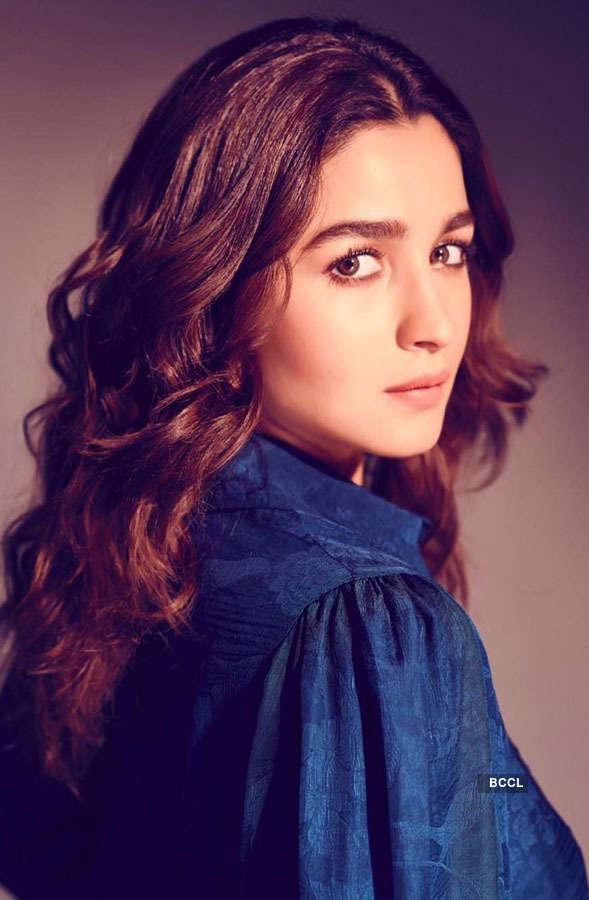 Alia Bhatt to play Gangubai in Sanjay Leela Bhansali's movie