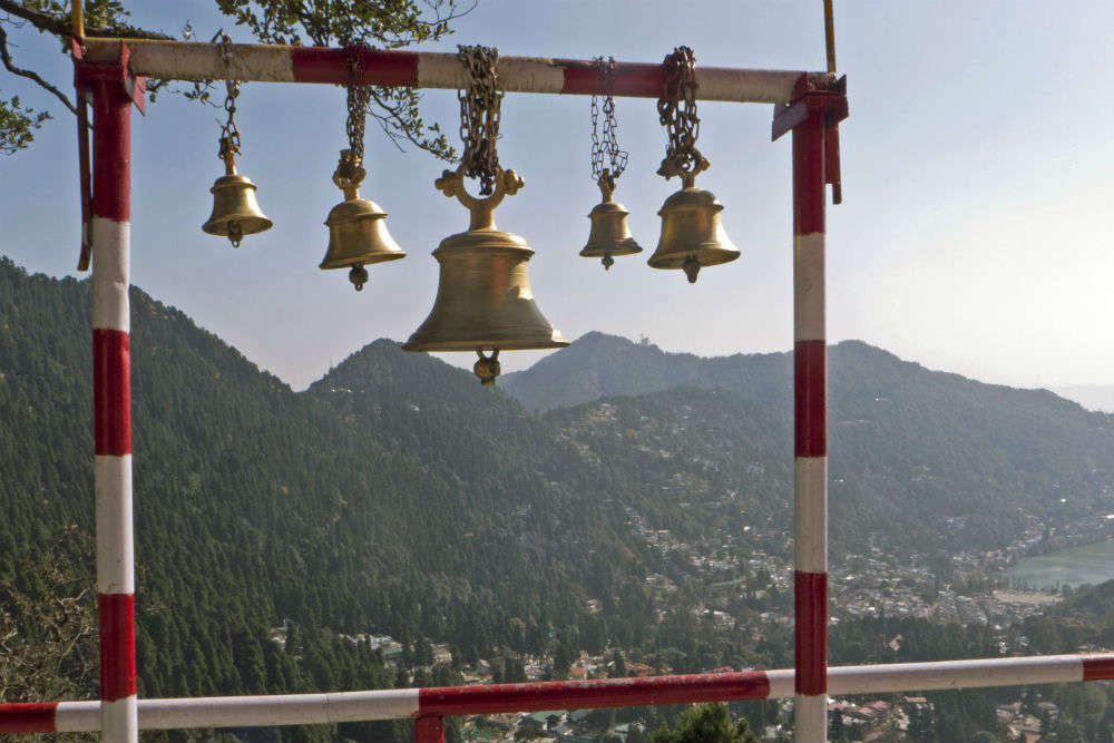 How to reach Naina Devi Temple in three easy ways? | Times of India Travel