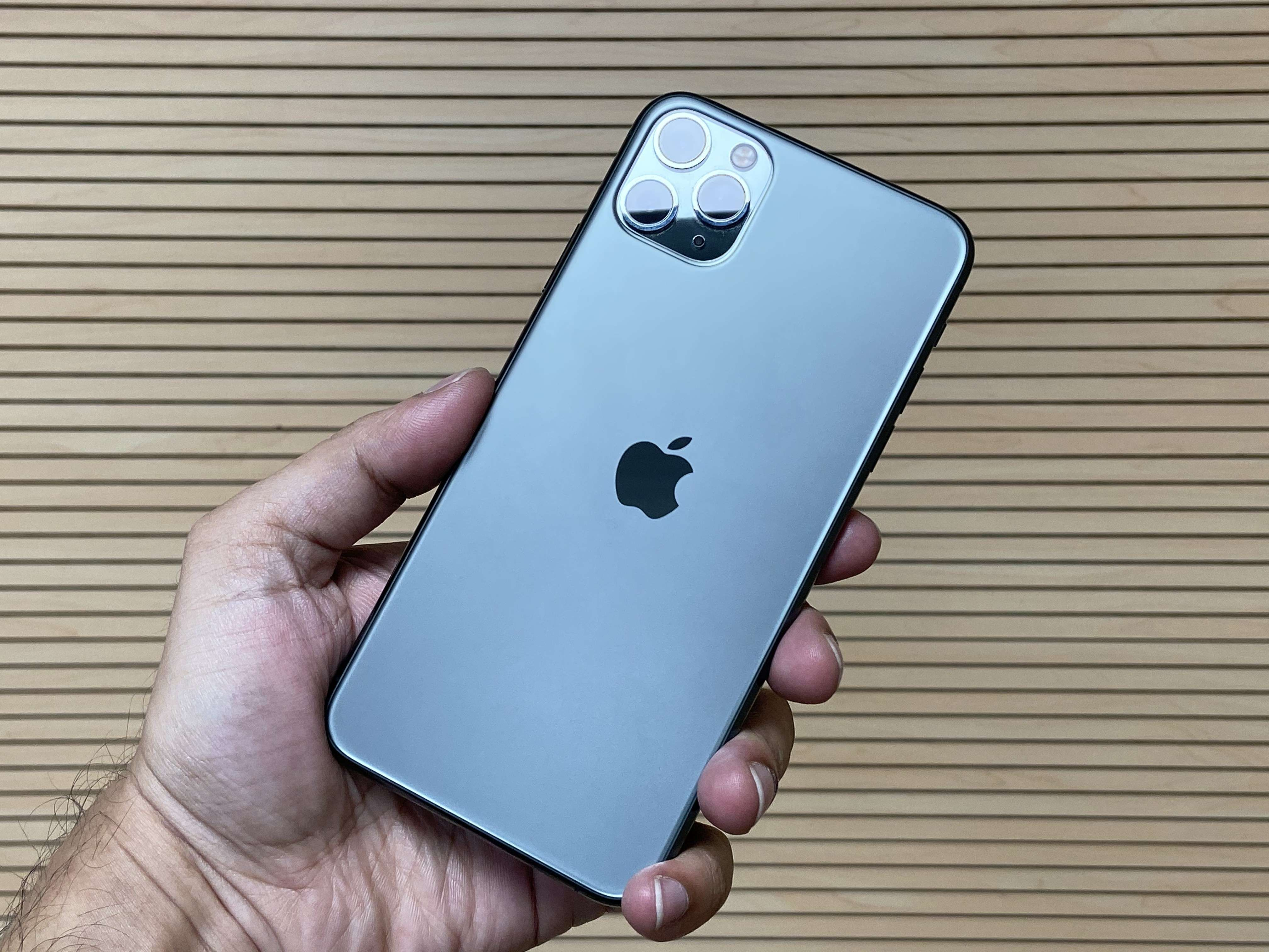 Apple iPhone 11 Pro Max - Price in India, Full Specifications & Features  (30th Jul 2020) at Gadgets Now