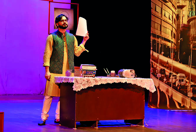 Vijit narrated the story of a man framed as a terrorist and jailed for several years in a  theatrical adaptation on stage (BCCL)