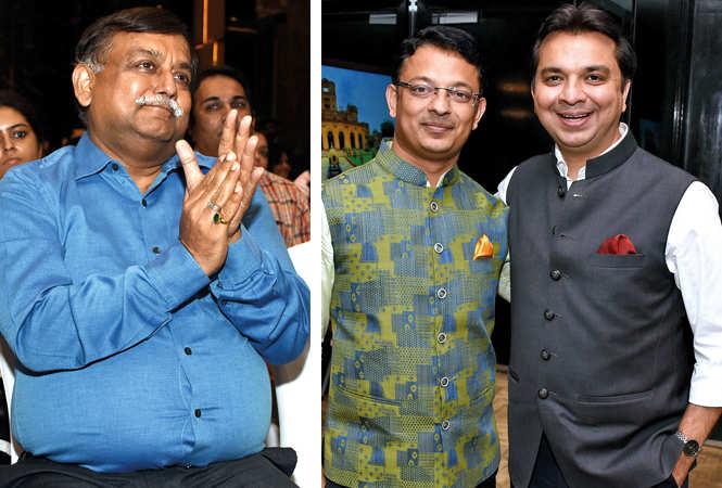 Awanish Kumar Awasthi with Diwakar Bhattacharya  (L) and Gaurav Prakash  (BCCL/ Farhan Ahmad Siddiqui)