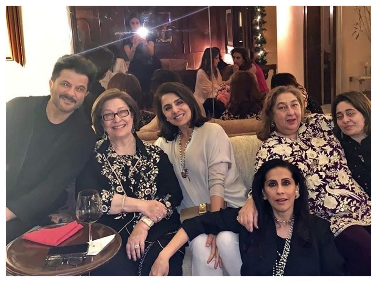 Ниту Капур проводит некоторое время с Анилом Капуром и его семьей