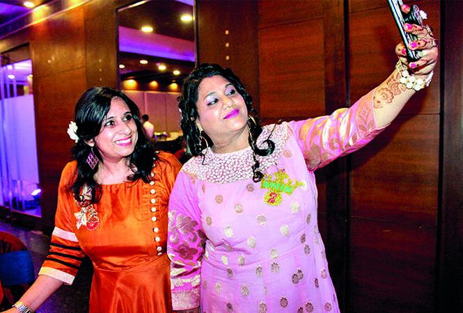Shalini and Kavita (BCCL/ Arvind Kumar)