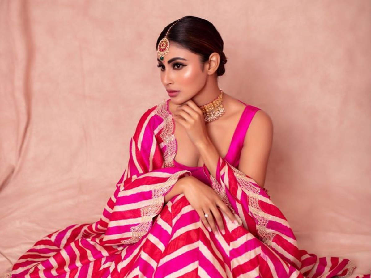 5 Wedding Guest Outfit Ideas To Take From Mouni Roy The Times Of India,New Wedding Dress For Girls 2020