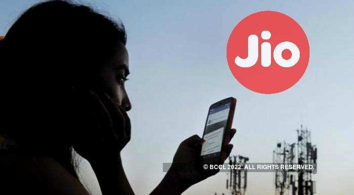 Reliance Jio: Now, Jio customers will have to pay 6 paisa/min for calling other companies' customers | Gadgets Now