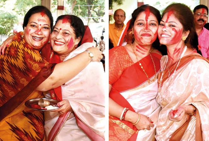 (L) Madhulika and Manushi Chatterjee (R) Shilpi Chakraverty and Rubina Banerjee (BCCL/ Vishnu Jaiswal)