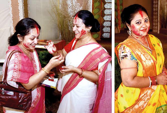 (L) Tanushree Majumdar and Devashree Agarwal (R) Arpita Roy (BCCL/ Vishnu Jaiswal)