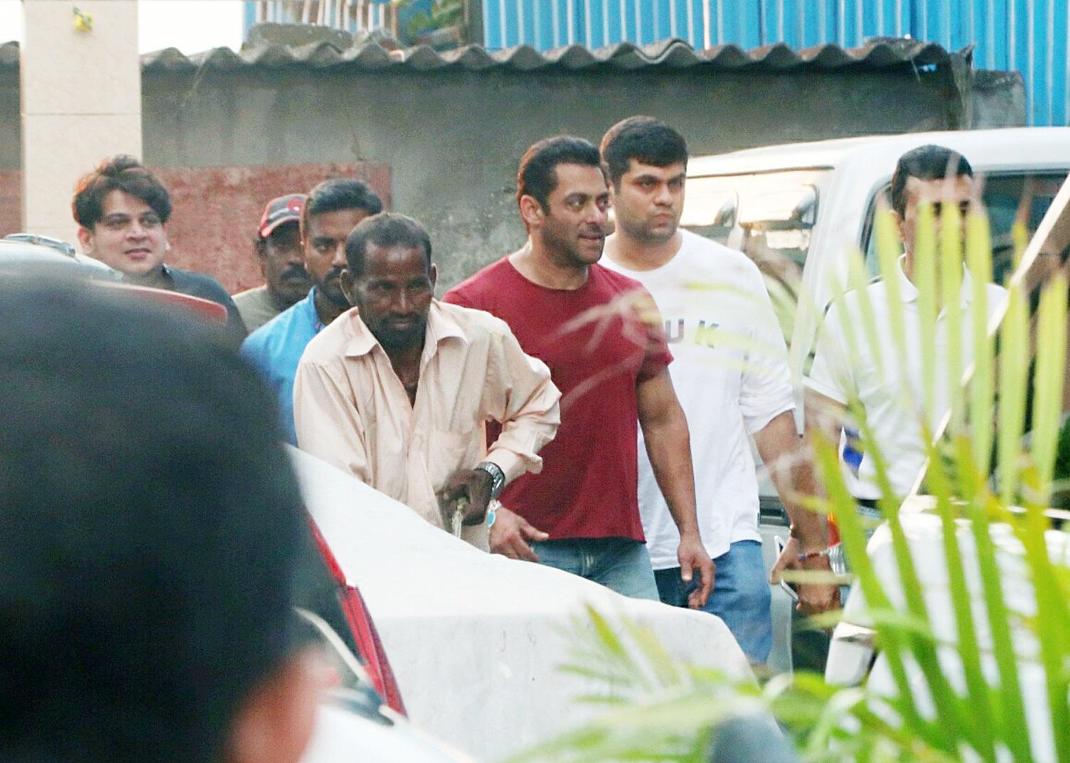 Salman Khan (2)