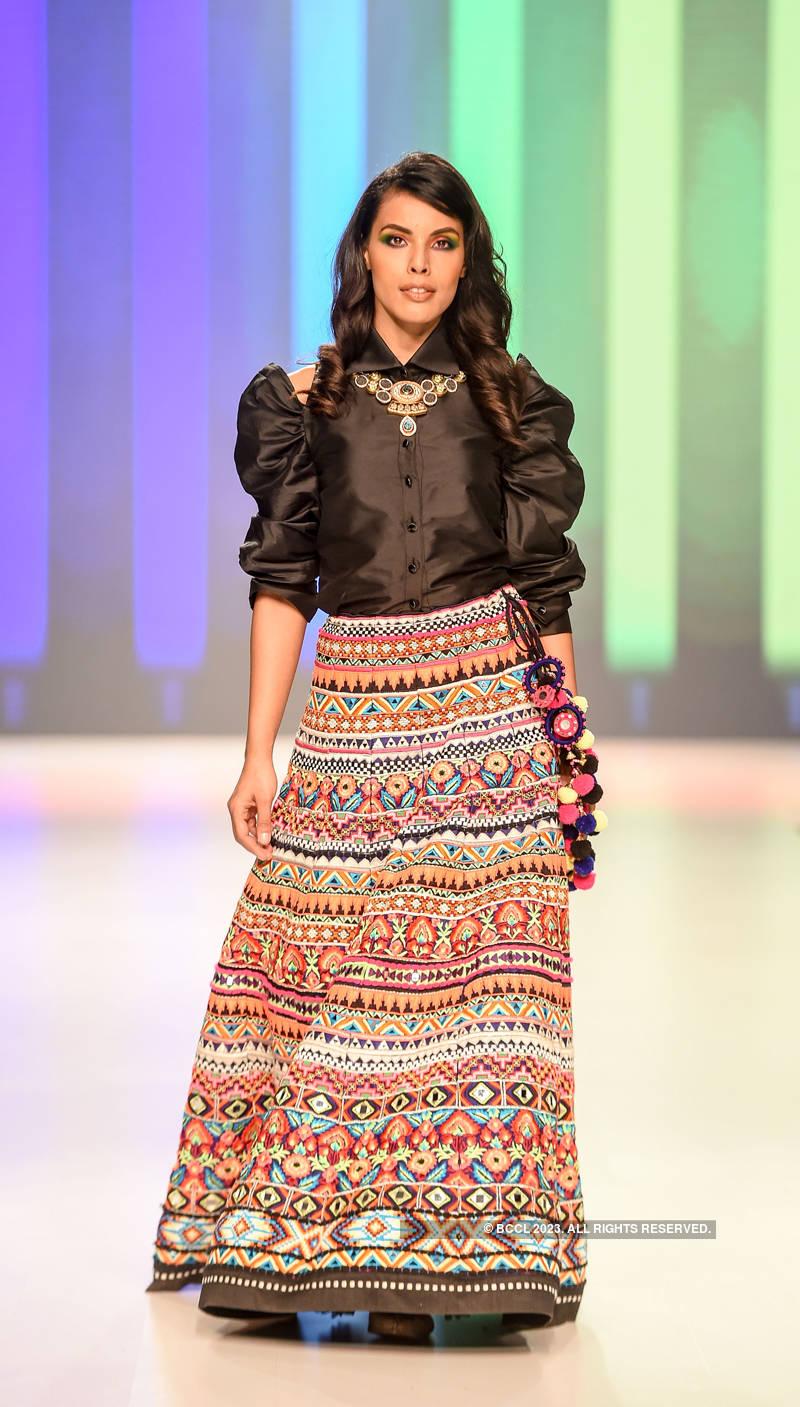 Bombay Times Fashion Week 2019 – Archana Kochhar - Day 1