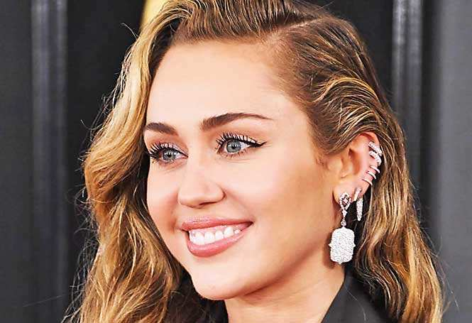 Miley-gettyimages-1097522448