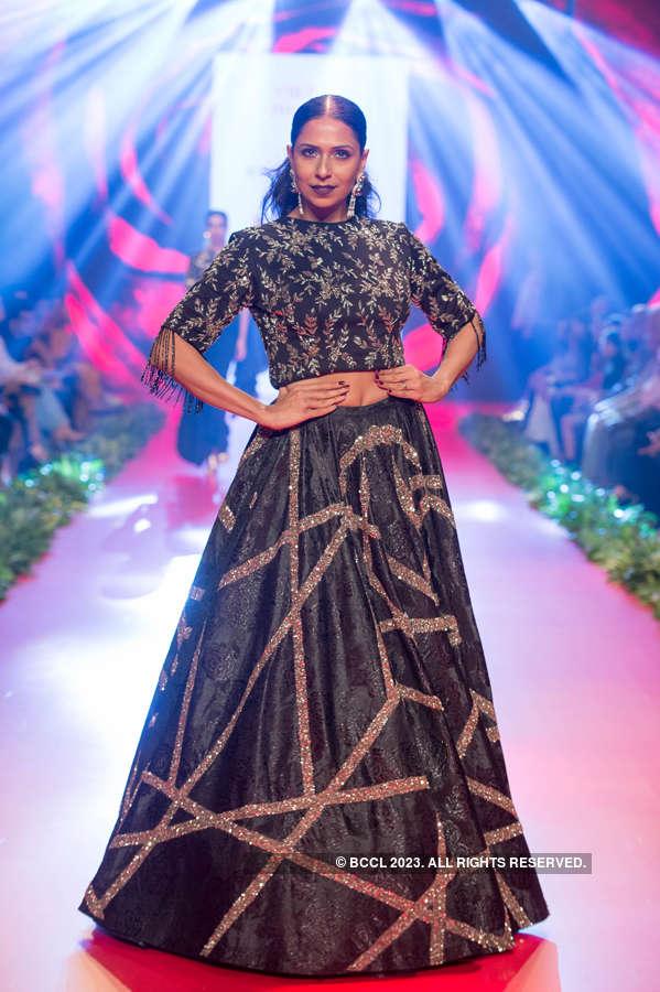 Bombay Times Fashion Week 2019 - Vikram Phadnis - Day 3