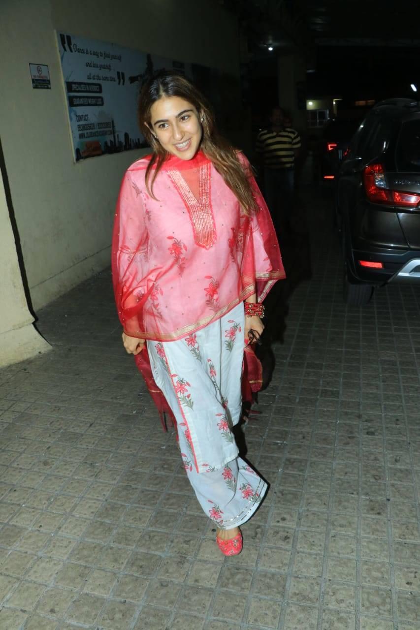 Sara Ali Khan (5).
