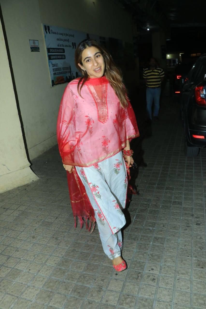 Sara Ali Khan (6).