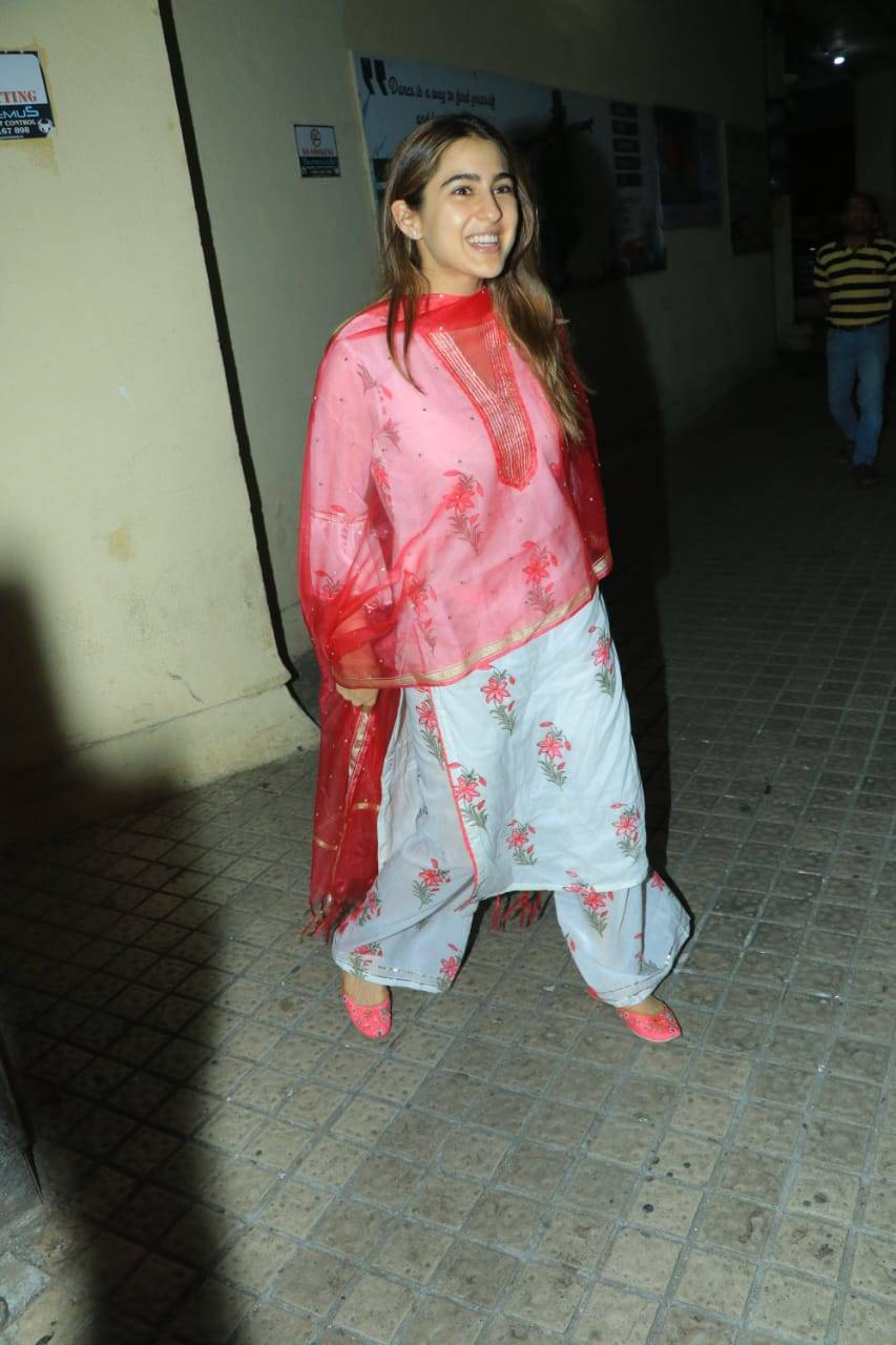 Sara Ali Khan (7).