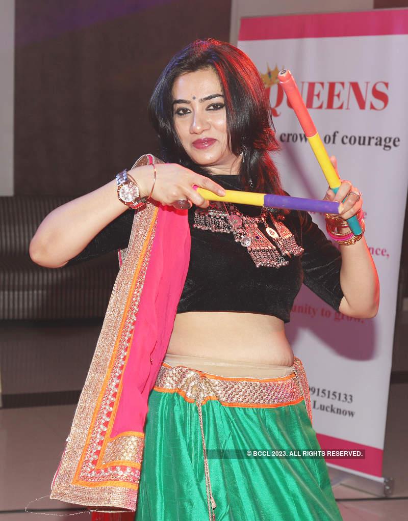A colorful dandiya celebration in Lucknow
