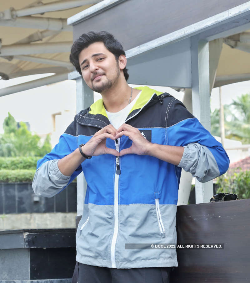 Darshan Raval promotes his new single in the city