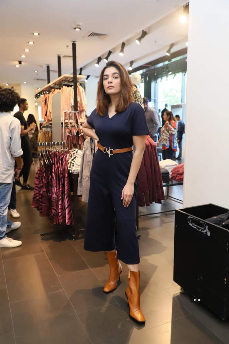 Telly stars Pooja, Kishwer, Tejasswi and Srishty go for shopping