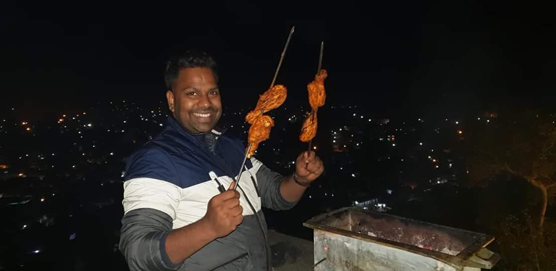 Chef Amit Sharma making chicken Barbeque for Kangana Ranaut