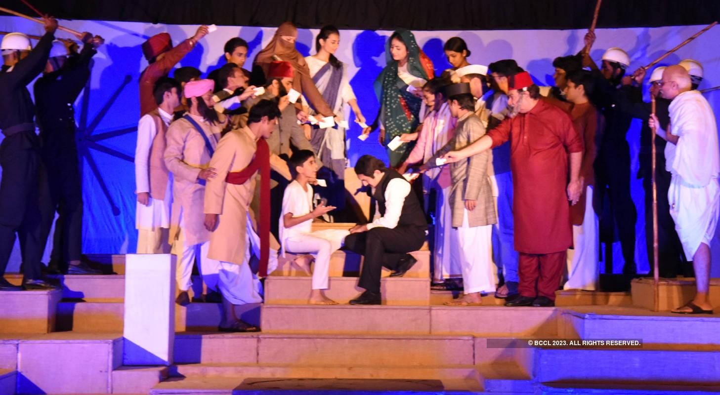 Bharat Bhagya Vidhata: A play