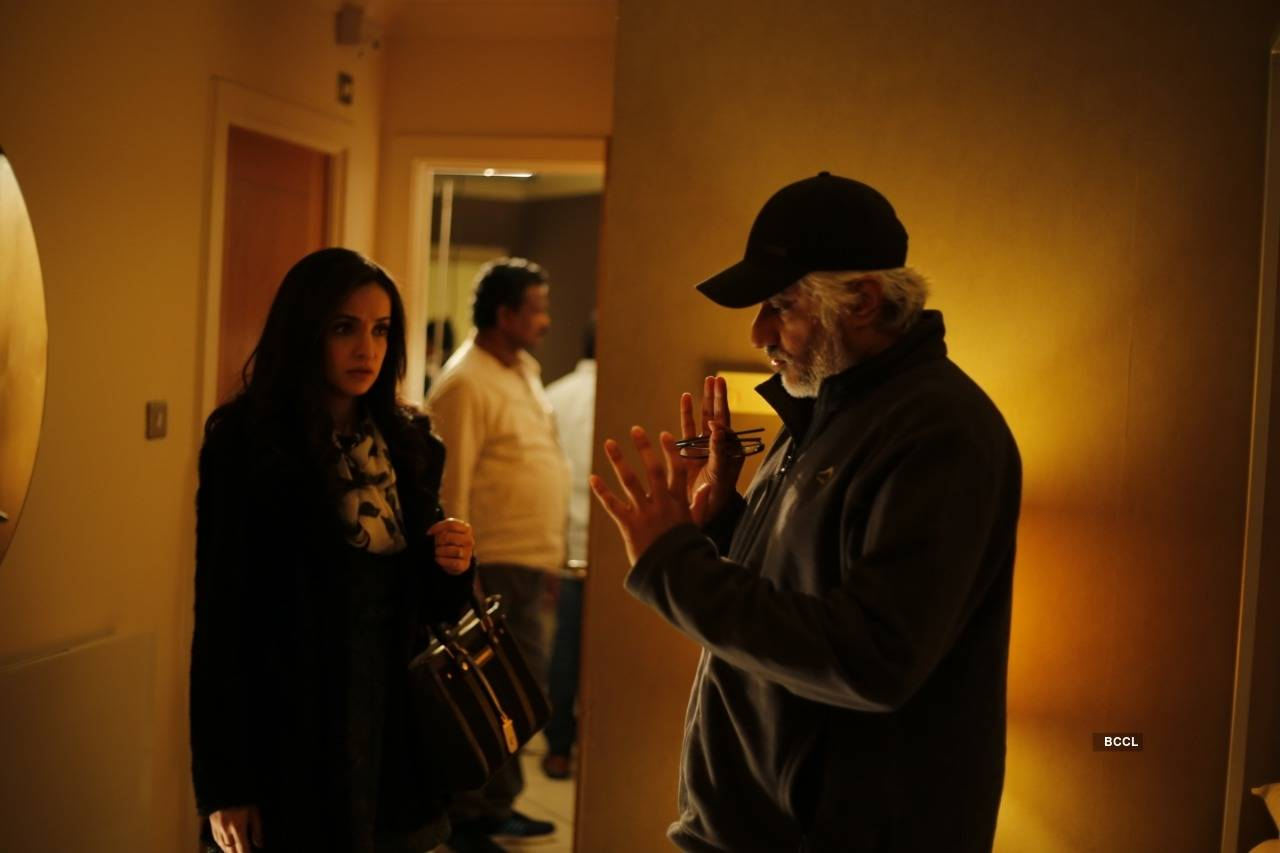 Reasons to watch Vikram Bhatt's horror movie 'Ghost'