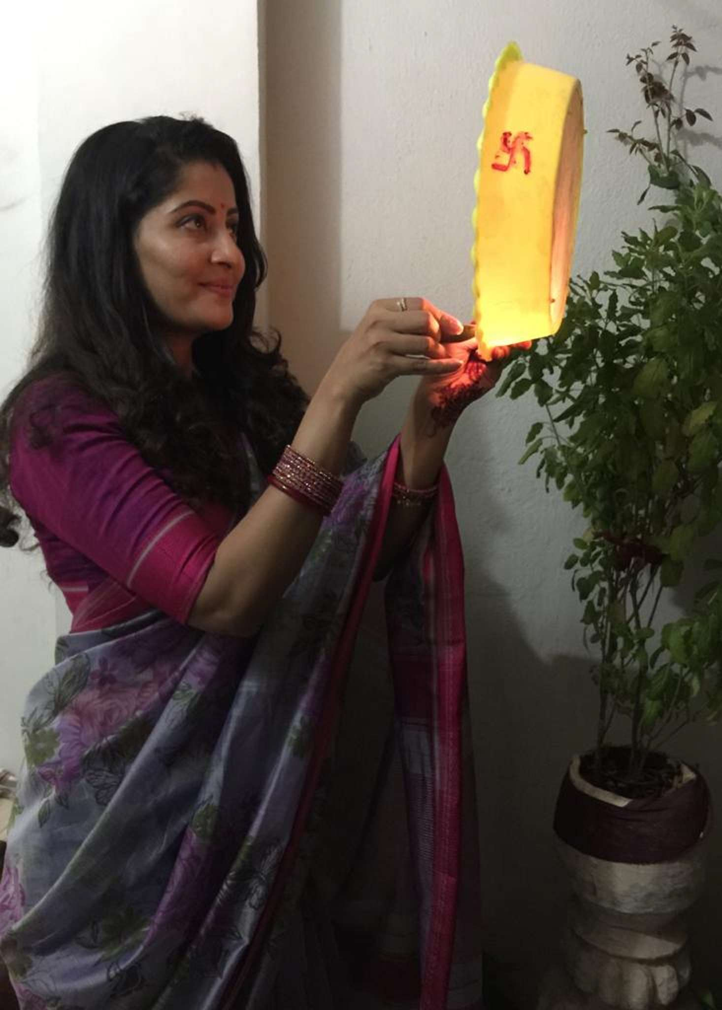 Anu choudhury celebrating Karva Chauth - Copy.