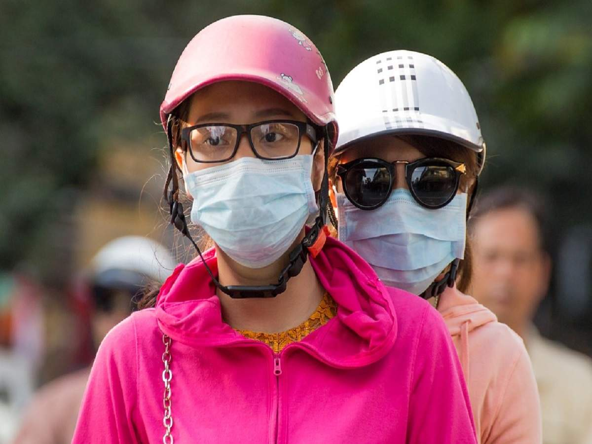 Anti-pollution masks that you can buy when air pollution levels are high
