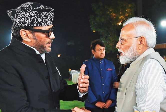 PYAAR KA BANDHAN: Jackie Shroff gives a thumbs up to Modi