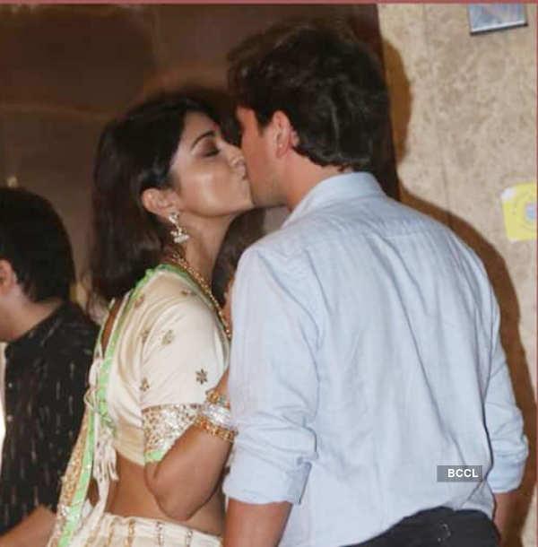 Salman Khan, Sonakshi Sinha and other stars galore at Ramesh Taurani's Diwali party