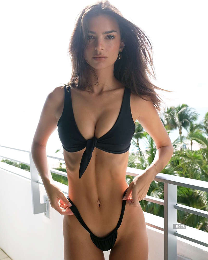 Captivating pictures of Emily Ratajkowski you simply can't miss!
