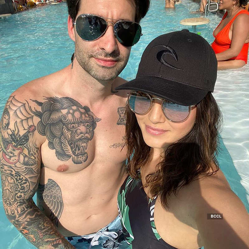 Sunny Leone's vacation pictures will make you hit the pool!