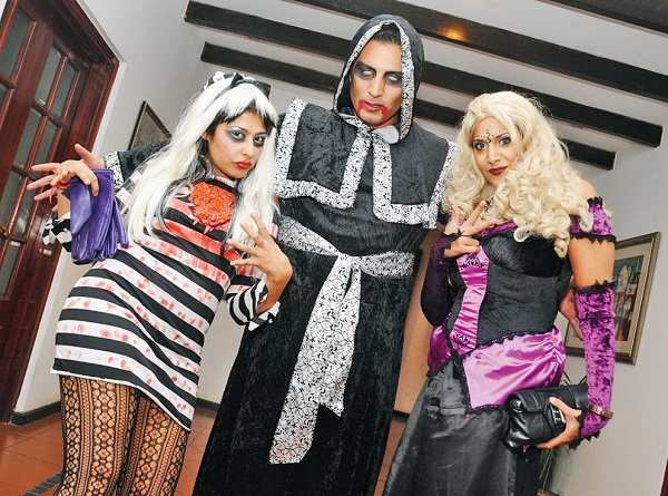 Halloween_House_Party (3)