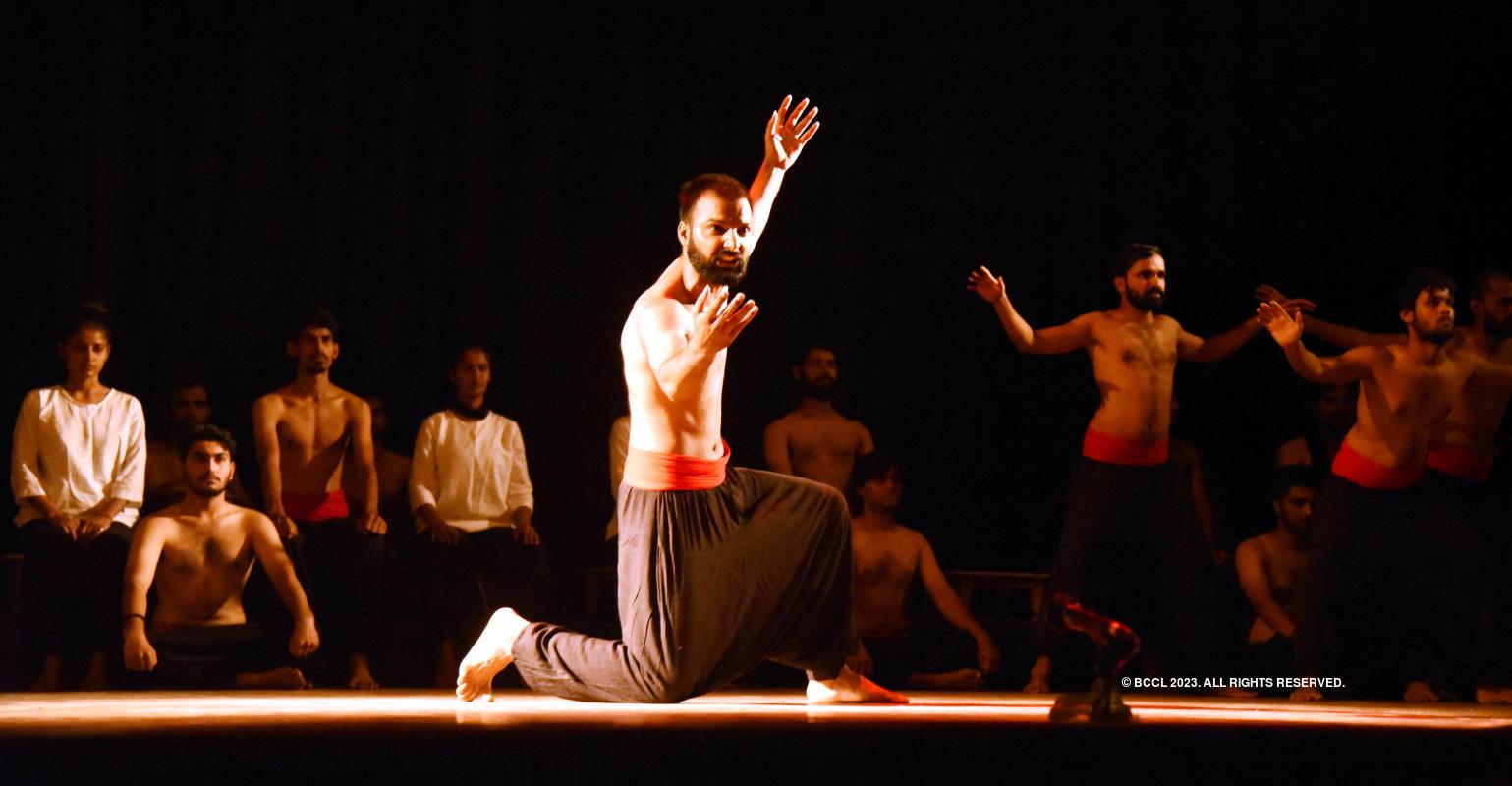 Andha Yug: A play