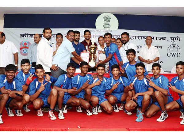 Kolhapur's-Boys-Team-win-1st-Prize