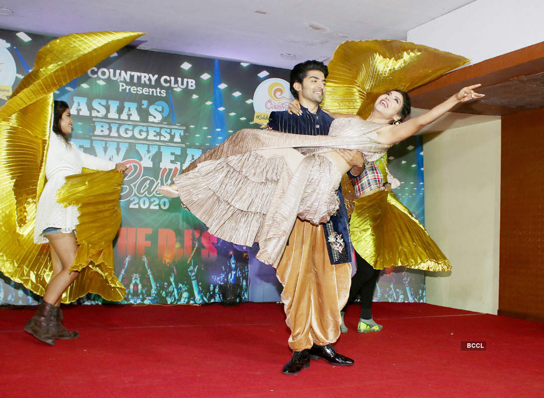 Gurmeet Choudhary and Debina Bonnerjee attend press conference of Country Club