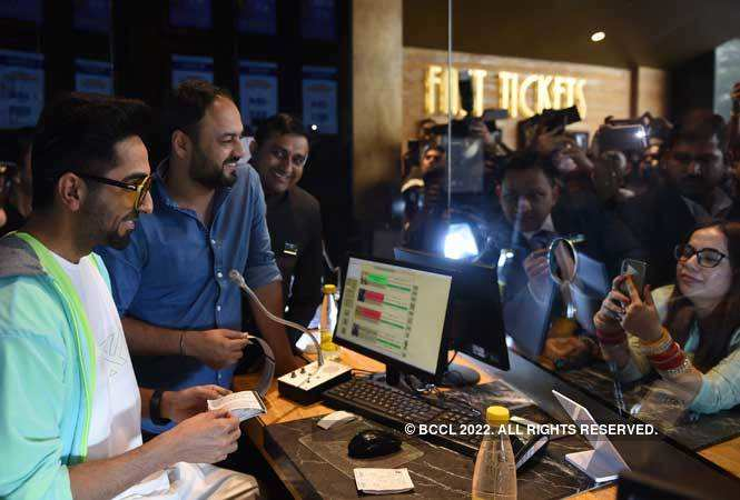 Ayushmann Khurrana selling tickets to his fans