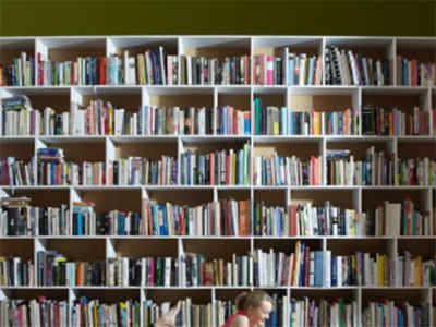 IIM Kozhikode donates 22,000 books to 30 colleges in Kerala