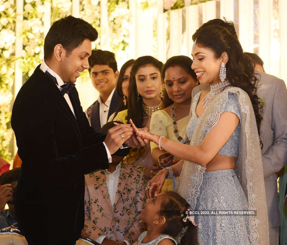 Vaishnavi and Sharan exchange rings in a lavish ceremony